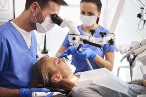 a woman visits the emergency dentist